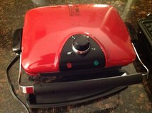 GEORGE FOREMAN medium red grill with griddle and bake plate in Joliet, Illinois