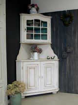 Lovely Shabby Chic Corner Cabinet Hutch China Cabinet Beautiful Vintage Piece! in Ramstein, Germany