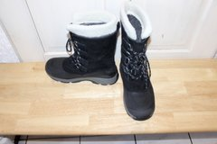 Lands End Mens Snow Boots - US Size 9 in Ramstein, Germany