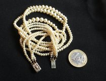 Vintage 50s/60s 3 strand graduated pearl necklace in Ramstein, Germany