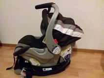 Car seat and base - 1 owner excellent condition carseat in Ramstein, Germany