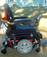 Pride Mobility quantum series Q6 edge is a high power wheelchair with charger and paperwork in Fort Polk, Louisiana