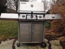 Brinkman stainless steel grill in Chicago, Illinois