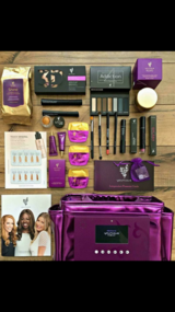 Younique presenters kit in Lockport, Illinois