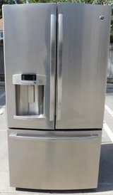 29 CU. FT. GE ADORA REFRIGERATOR BOTTOM FREEZER- STAINLESS (FINANCING) in Camp Pendleton, California
