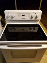 Samsung electric stove in Houston, Texas