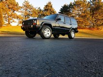 1997 JEEP CHEROKEE COUNTRY LOW MILE XJ 4WD FULL WARRANTY! in Chicago, Illinois