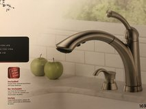 Pull out Kitchen Faucet in Camp Pendleton, California