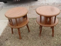 Pair of matching end tables in Ottawa, Illinois