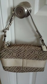 Coach - authentic with coach pattern in Bartlett, Illinois