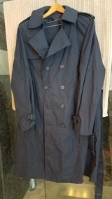 USAF Men's Coat - All Weather - Size 42R in Travis AFB, California