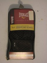 Everlast MMA/ Grappling Gloves (L/XL) in Clarksville, Tennessee