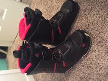 8.5 snowboarding women's boots in Conroe, Texas