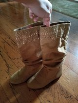 LIKE NEW!! Girls Gianni Bini Boots in Fort Campbell, Kentucky