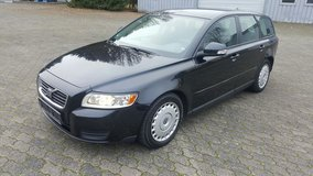 Volvo V50,Year 2010,Ecodrive,Kinetic,Navigation,Bluetooth,1,6 TDI,Diesel in Ansbach, Germany