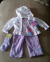 LIKE NEW!! Abby Jumpsuit Set, Size 12M in Fort Campbell, Kentucky