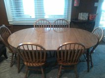 Dining table and 6 chairs in Louisville, Kentucky