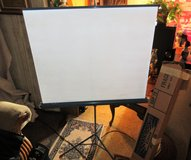 MOVIE PROJECTION SCREEN EASY SET UP VINTAGE BRILLIANT in 29 Palms, California