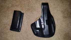Leather pancake holster for Glock17 in Temecula, California