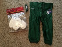 Youth L football pants in Houston, Texas