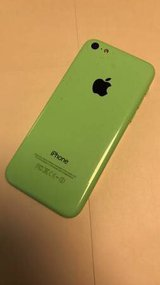 Apple iPhone 5C 32 Gb unlocked lime green in Fort Rucker, Alabama