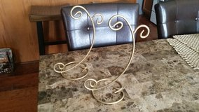 Gold Lantern/Candle Holder Stands in Fort Campbell, Kentucky