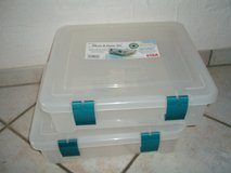 2 plastic  tubs for storing scrapbook pages NEW in Stuttgart, GE