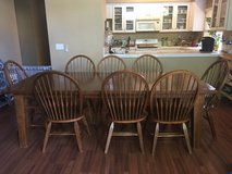 Dinette set in Lake Elsinore, California