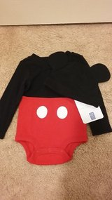 Mickey Mouse outfit - new - size 9 to 12 months in Fairfield, California
