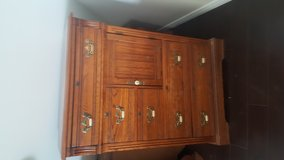 Well built  made to last sturdy dressers night stands and mirrors in Temecula, California