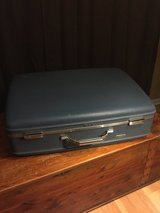 1960's American Tourister Tri-Taper Hardcase Suitcase Vintage Retro Luggage in Shorewood, Illinois