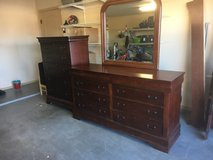 Five drawer chest and dresser with mirror in Alamogordo, New Mexico