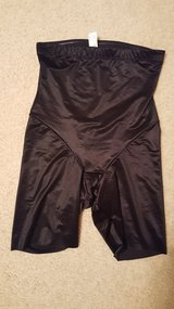 Midthigh skinny flexees spanx in St. Charles, Illinois