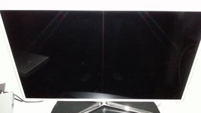 46 SAMSUNG SMART TV 3D WITH 2 3D GLASSES in Wiesbaden, GE
