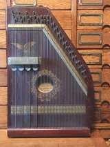 Chartola Grand Zither Harp in Cherry Point, North Carolina