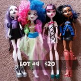 Monster High Dolls Lot #4 in Chicago, Illinois