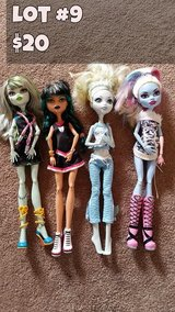 Monster High Dolls Lot #9 in Chicago, Illinois