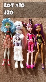 Monster High Dolls Lot #10 in Chicago, Illinois