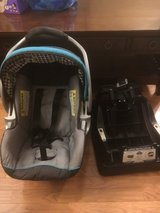 Car seat w/ base and stroller in Bolingbrook, Illinois