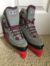 CCM 100 ice skates - size youth 6 in bookoo, US