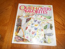 QUILT LOVERS FAVORITE BOOK in Fort Riley, Kansas