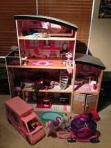 KidsCraft Mansion Doll House: Barbies, Camper, Car, Horse & Carriage + accessories in Joliet, Illinois