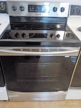 SAMSUNG GLASS TOP STOVE (NEW) in Lumberton, North Carolina