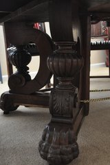 Antique clawfoot table in Vacaville, California
