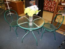 Patio Table and Chairs in Alamogordo, New Mexico