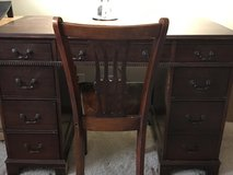 Antique desk and chair in Chicago, Illinois