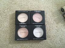 M.A.C Extra Dimension Skinfinish in Oceanside, California