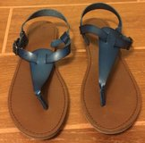Mossimo navy sandals size 8 in Yuma, Arizona