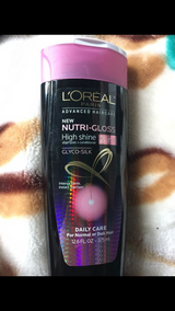L'oreal 2in1 Shampoo+conditioner in Elgin, Illinois