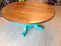 Shabby round coffee table in Ramstein, Germany